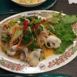 飼い主の家出 in タイ ⁈ 飯